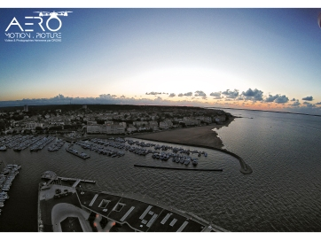 Prise de vue aérienne par drone du port d'Arcachon.